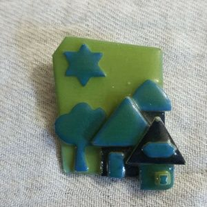 Vintage House Pin By Lucinda  Brooch Pin OOAK